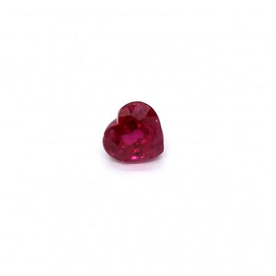 0.75克拉亮色VI1心形泰国红宝石