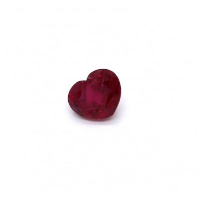 1.01克拉鲜色VI1心形泰国红宝石